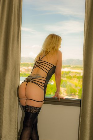 Odelie call girl in Sweet Home Oregon & nuru massage