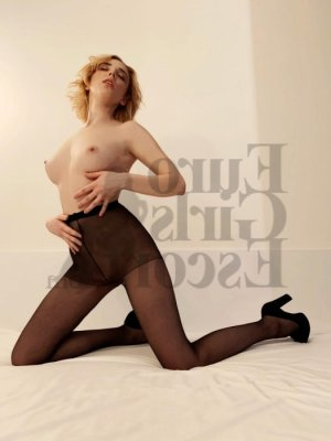 Feinda call girl & nuru massage