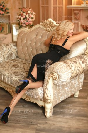 Vannina escort girl & happy ending massage