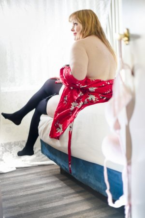 Petra call girl in Batavia & thai massage